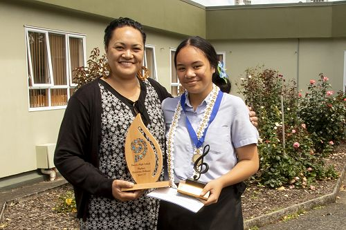 Year 10 Highest Academic Achiever, Lianah Lemaua, with a very proud mother,