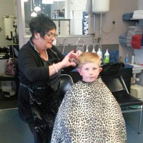 Ollie enjoying a haircut with Lee