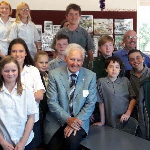 Prof Kerr with 8HLS and Mr Bache (back right)