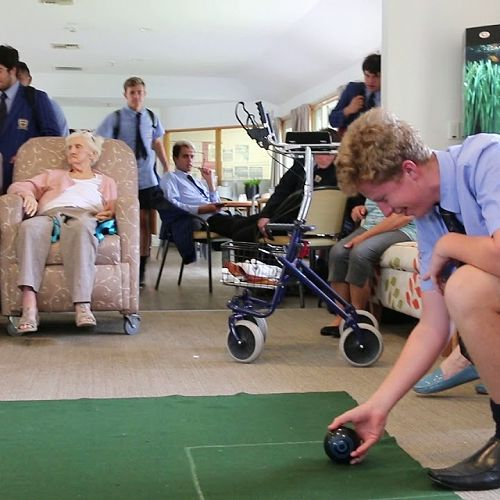 Video: Bowling at Middlepark Resthome