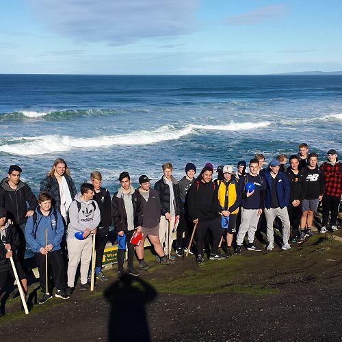 Year 13 Geographers Studying the Dunedin Coast