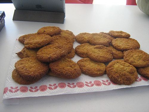 Jessica made yummie Anzac biscuits.