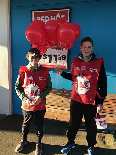 GHS students collect for the Westpac Helicopter Trust