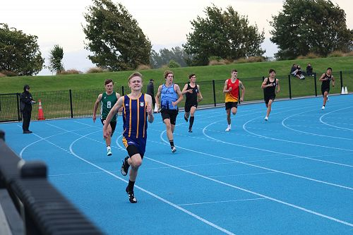 Lachlan List in the Under 15 400m