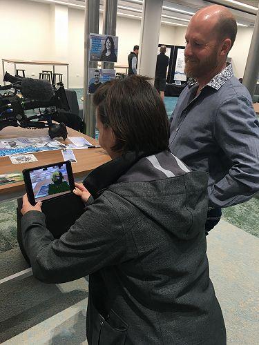 Scott Mouat showcases the Peekavu virtual Kakapo a