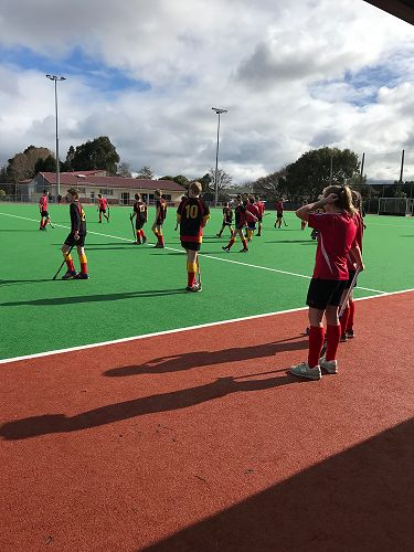 OIS Hockey team - James Hargest