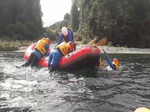 GHS Rafting Teamwork