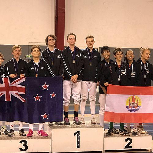 Oceania Teams, Thomas Johnstone right - Podium 1 Gold medal