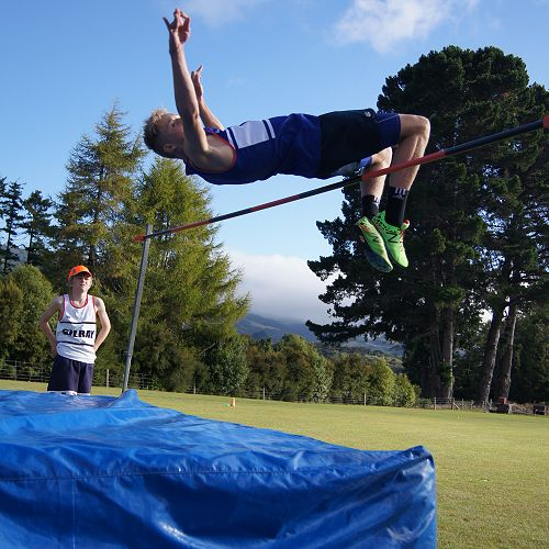 Taylor Mechen shows his style in the high jump.