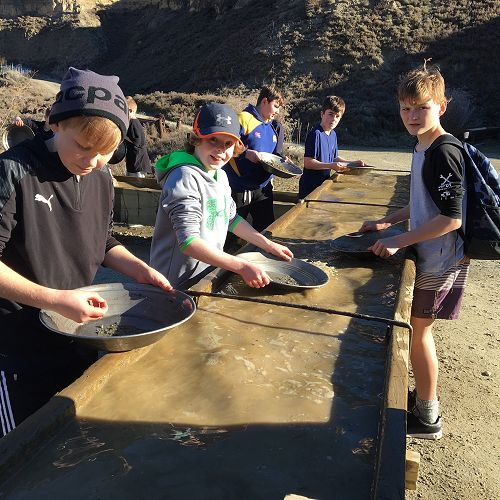 Mining for gold at Kawarau Gorge Mining Centre