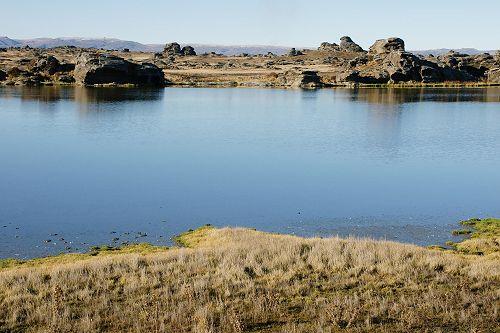 Sutton Salt Lake surrounded by schist tors.