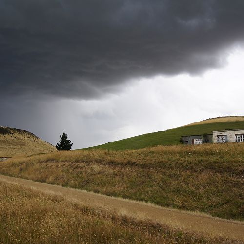 The thunderstorm leaves Hyde - heading to Dunedin with its payload of hail