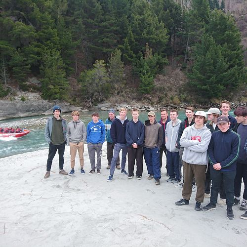 Year 13 search for a solution to the problems of Tourism in Queenstown