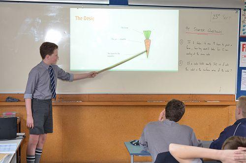 Leo selling his carrot shape idea